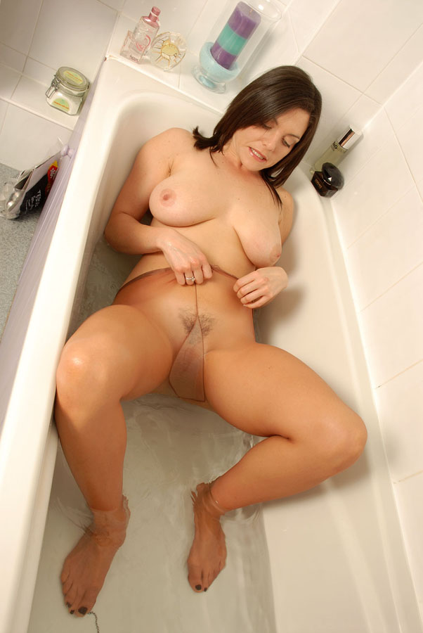 She loves to open her ass hole 5