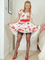 Nyloned Milf Michelle Plays Toys In The Bedroom - Picture 3