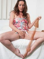 Marlyn - Nylon Or Bare My Feet Are For You - Picture 12