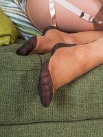 Brook Logan - Teen Feet Kinky In Vintage Nylons - Picture 6