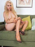 Brook Logan - Teen Feet Kinky In Vintage Nylons - Picture 13