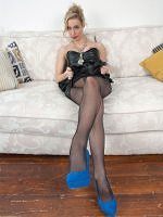 Sexy Pics 4 U- Chessie Kay – Come and entertain me! @ Pantyhose4u.net