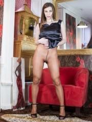 Sexy Pics 4 U- Roxy Mendez – Copper Tome Teaser @ Pantyhose4u.net